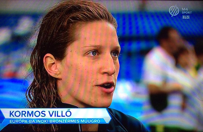 Villő az M4 Sportnak nyilatkozik a női 3m-es szinkron versenyszám után