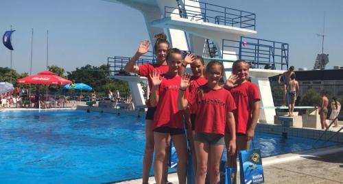 Piroskák Zágrábban! Nagyon élveztük a versenyt a napos uszodában!